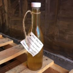 Salad Vinegar – Glass – PINT