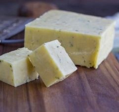 4 Health Benefits Of Eating Raw Cheese